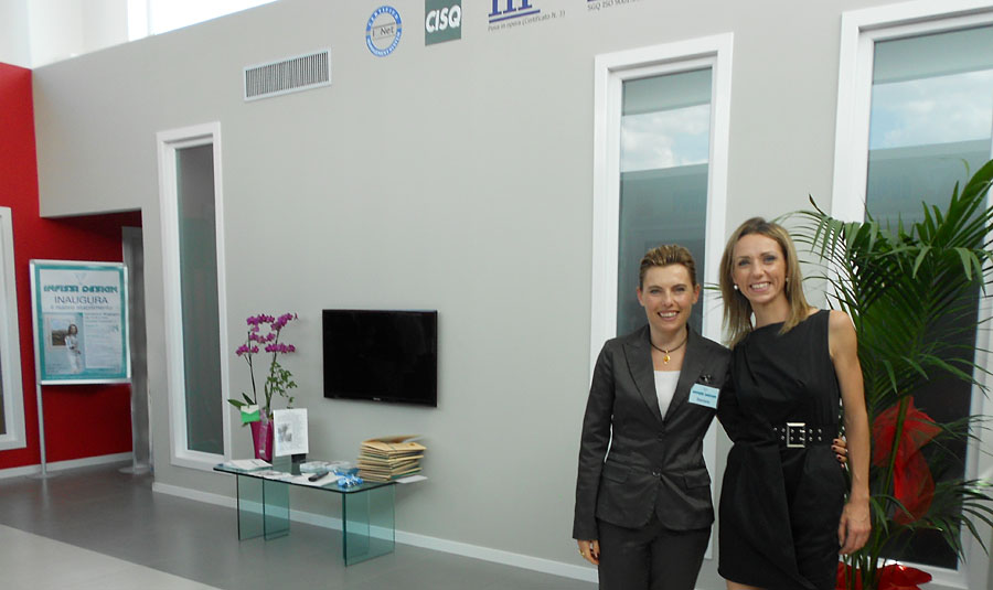 Valentina Vezzali in visita ad un'azienda della Provincia di Macerata