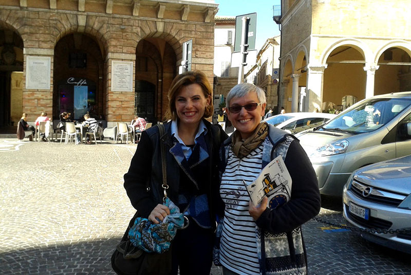 M.me Chantal Debeurre, giornalista di Itinerairesbis – Media Tourisme & Loisirs sur Internet